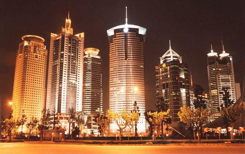 Viajes a China: Vista de noche de Shangai